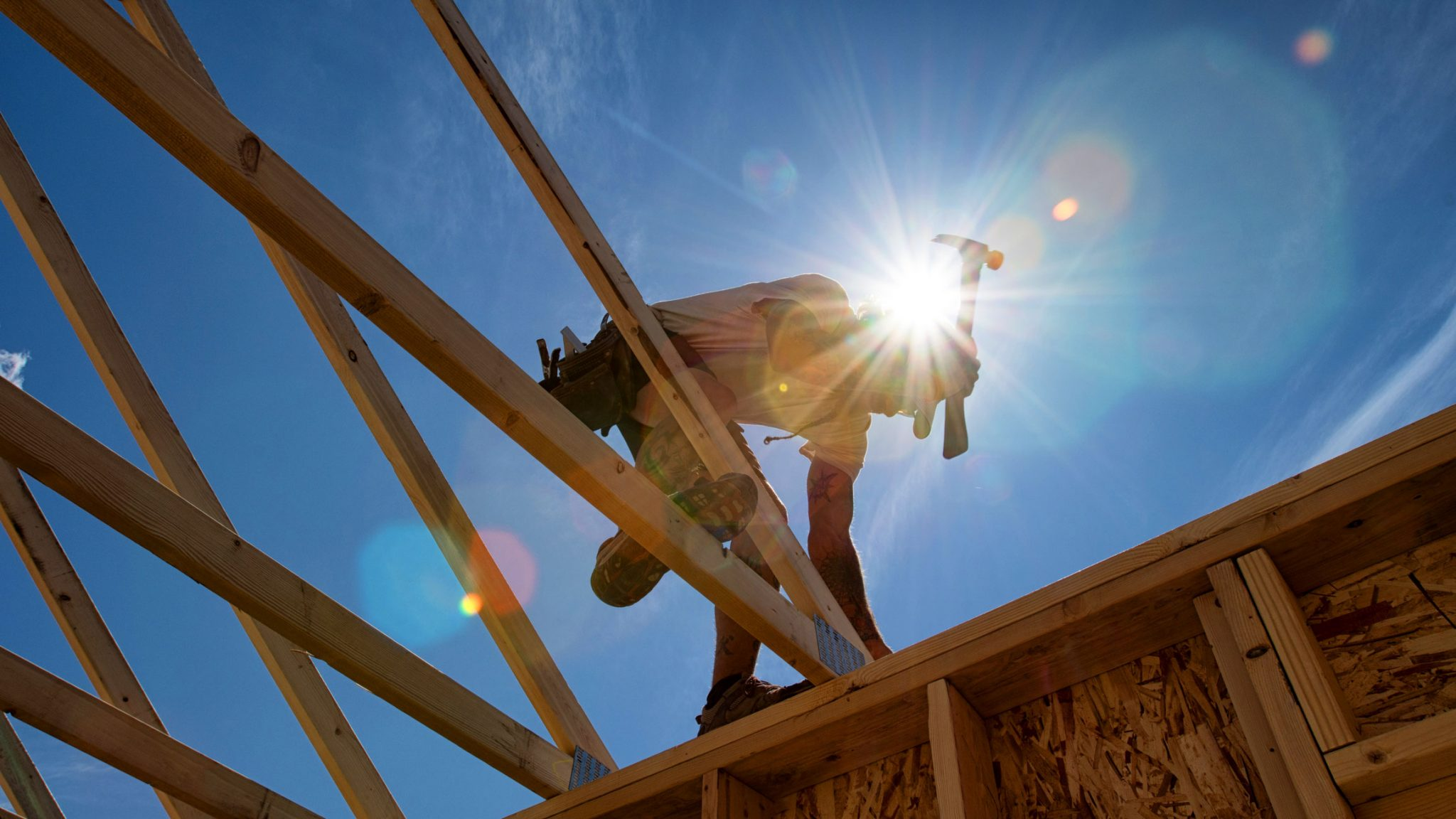 Construire son chalet en bois rond : découvrez les étapes-clés!